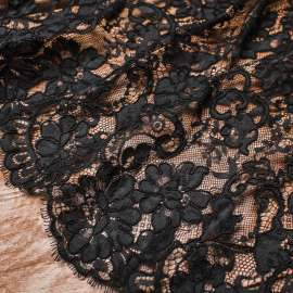 DOUBLE BORDERED CORDED LACE BLACK