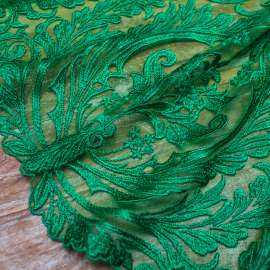 EMBROIDERED TULLE. DOUBLE BORDER. FOREST GREEN