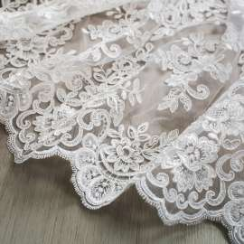 DOUBLE SCALLORED EMBROIDERED TULLE LIGHT IVORY