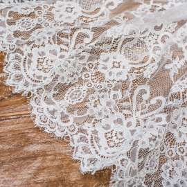 LIGHT IVORY CORDED LACE