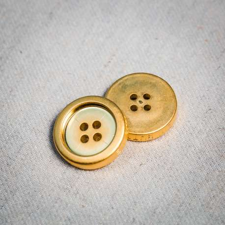 LIGHT METAL BUTTON (SOLD AS A 6 PIECES PACK)